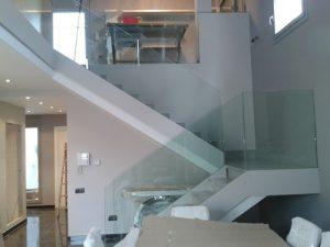 barandillas de cristal para escaleras interiores